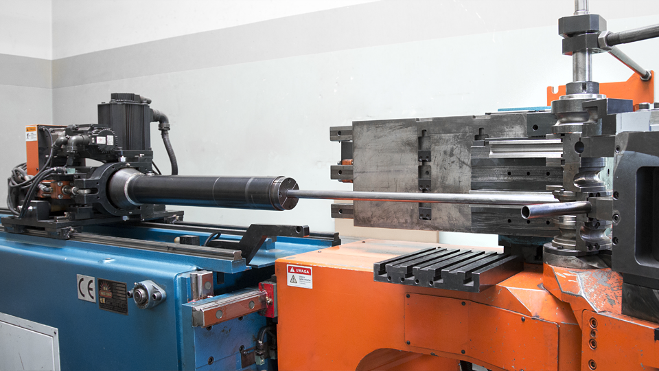 pipe bending on mandrel and three-roll bender | Astromet