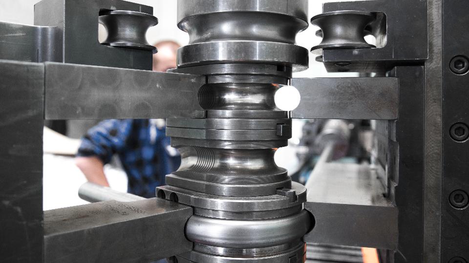 pipe bending on mandrel and three-roll bender | Astromet